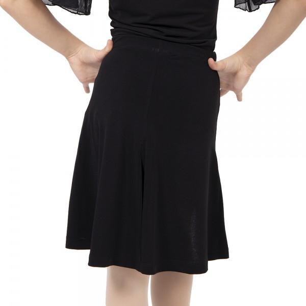 Practice III, dievčenská sukňa na latino