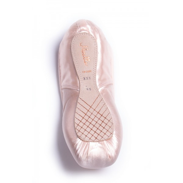 Mirella Whisper, baletné špičky