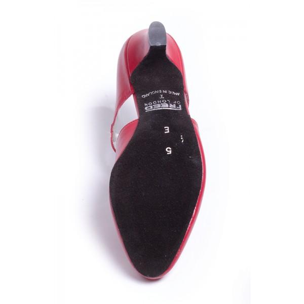 Freed of London Moon Stone, charakterové topánky