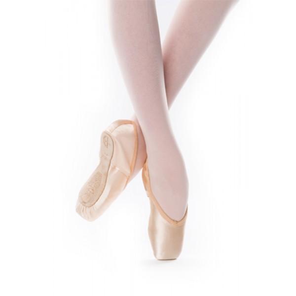 Freed of London Studios Opera, baletné špice